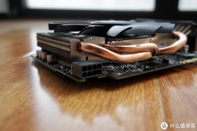在ITX里面散热算是比较强的了,实测有风扇智能启停功能