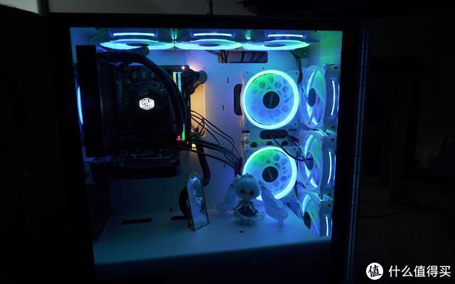 流光溢彩真好看,电铠DK103大侧透彩灯机箱试玩