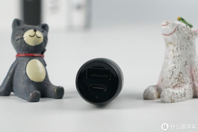 汽车小帮手,贝尔金(Belkin) USB-C+USB-A 双接口车载充电器开箱