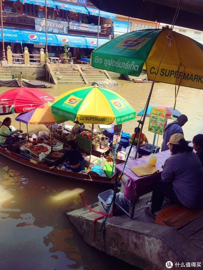 安葩洼水上市场Amphawa Floating Market