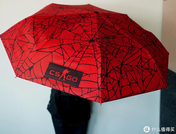 CSGO:选手服、20周年纪念T恤、小鸡手办,CAC周边首度曝光!