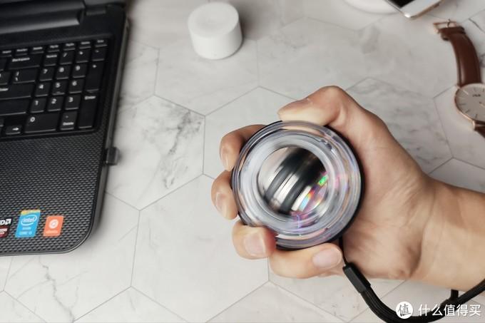 云麦腕力球,办公桌上的解压健身神器