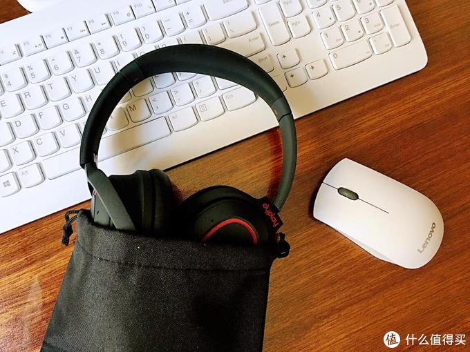 晒一波双十一剁手战利品,这个冬天的耳罩自带音效