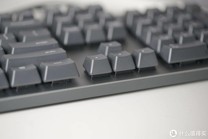 舒适的办公键盘体验:罗技K840机械键盘评测