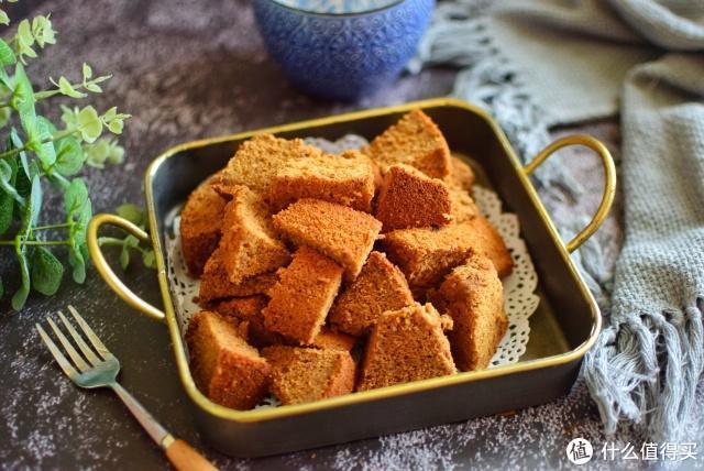 它的含铁量是白糖的3倍,做成甜品,营养美味,女人常吃气色好
