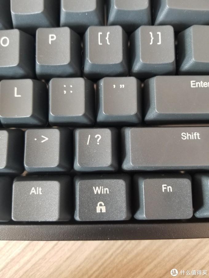 右Win解锁,图标是打开的锁