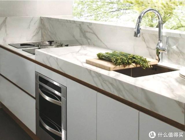厨房安装嵌入式蒸烤箱、洗碗机、冰箱等厨电时需要注意哪些因素?