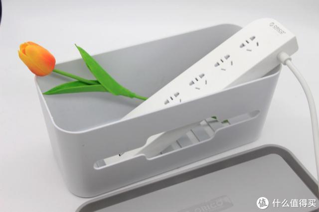 几十块钱的ORICO插线板收纳盒,搞定你的桌面!
