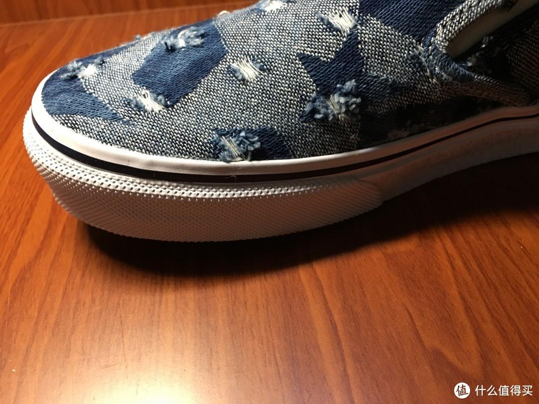 VANS潮流牛仔裤样式的中性板鞋简单开箱评测