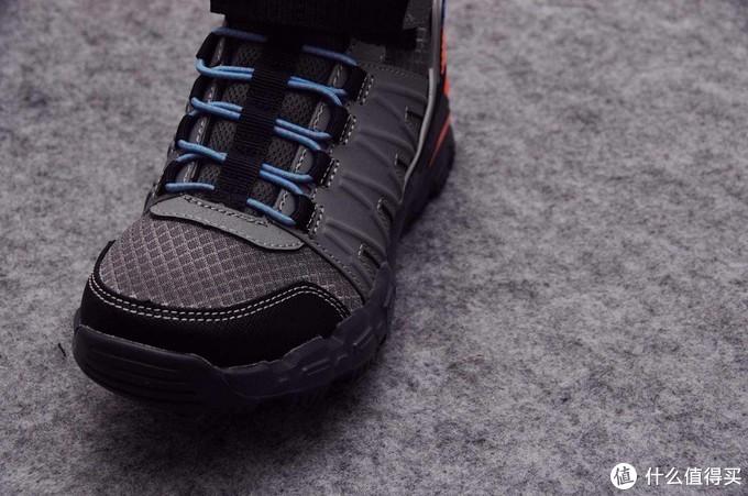 儿子的Skechers斯凯奇 可爱童趣运动鞋