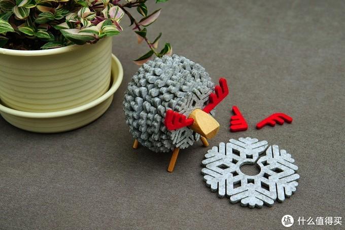 温馨小物,冬日里的雪花鹿杯垫摆件
