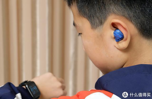 DOSS T33真无线蓝牙耳机,轻奢的外观设计,致美的耳部享受