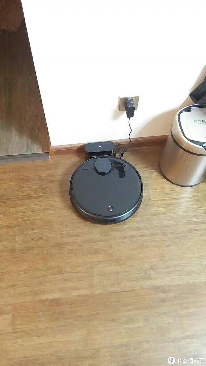 米家扫地机器人,家庭清洁能手