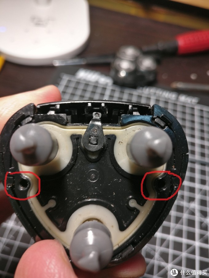 飞科全身水洗电动剃须刀FS339 拆装自修