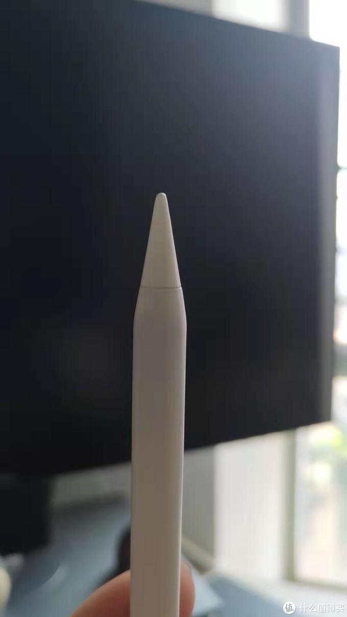 笔尖很粗,而且不太耐磨