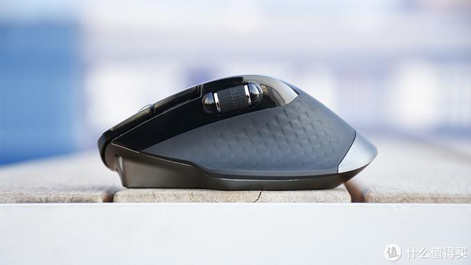 无线充,更Pro丨雷柏MT750 Pro无线鼠标体验