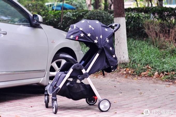 给娃换一台新座驾,QBORN秒秒收童车使用体验