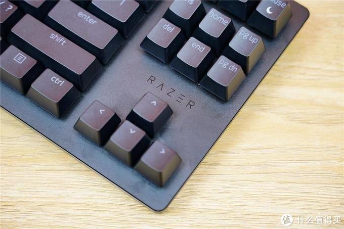 有炫光,有信仰——雷蛇猎魂光蛛竞技版游戏机械键盘分享