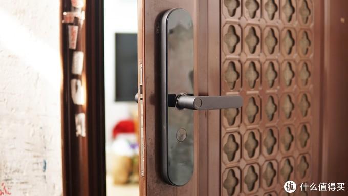 支持米家&Homekit双系统Aqara N100智能指纹锁开箱评测