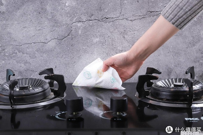 盲测8款厨房纸,终于找到了便宜又好用的那一款