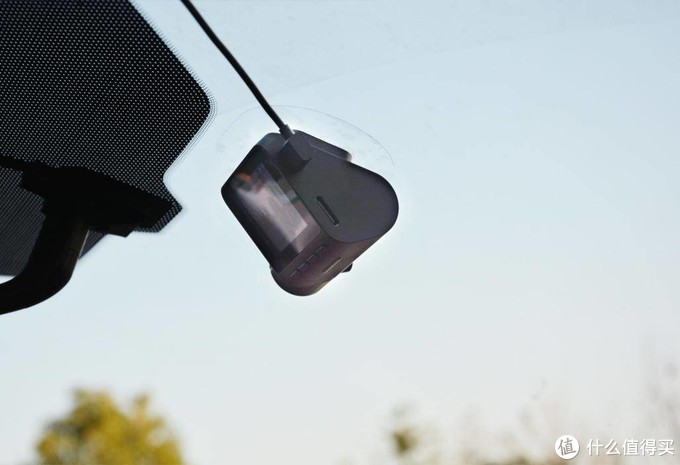 道路千万条安全第一条,70迈智能记录仪Pro夜视版上手体验