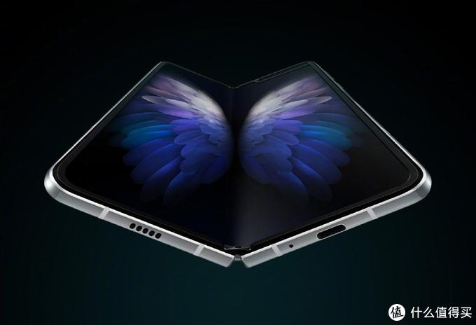 三星第二款折叠屏手机W20发布,二打一对抗华为!