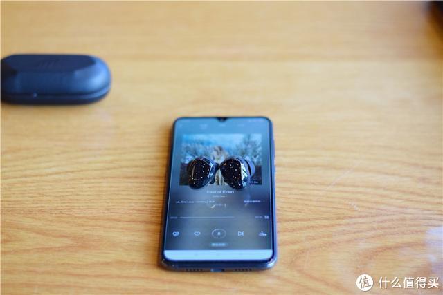 开箱泰捷新品蓝牙耳机JEET MARS:皮质充电仓、8.6mm大尺寸动圈单元,真香!