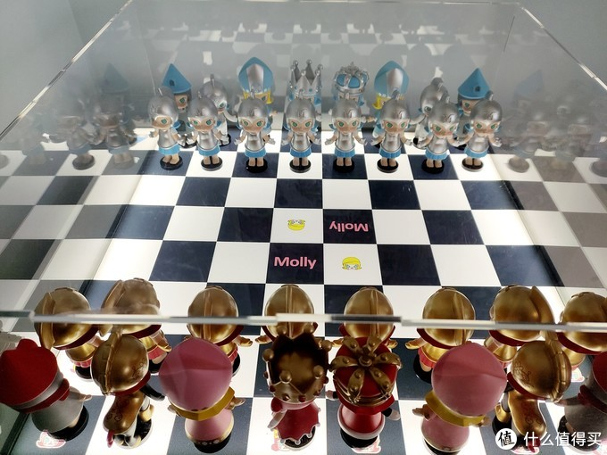 泡泡玛特 molly 国际象棋系列 + 第三方展示盒
