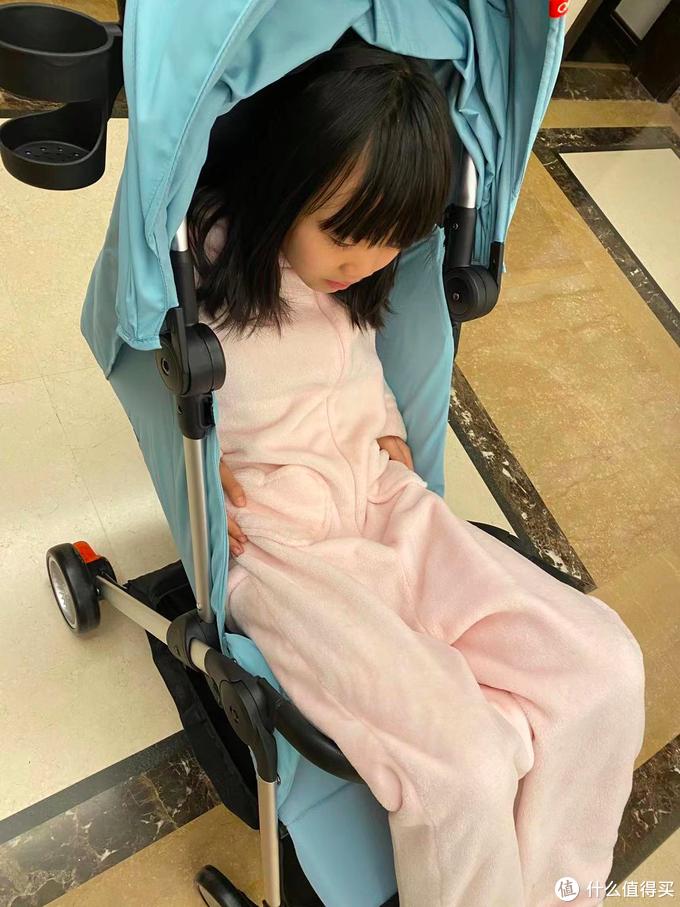 宝妈挑童车,啥是最重要?从QBORN秒秒收婴儿推车说开来