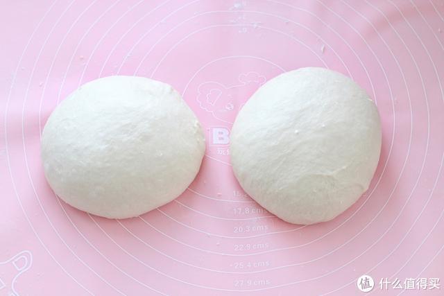 自制肉松面包卷,咸鲜松软不开裂,用料十足又健康,当早餐正合适