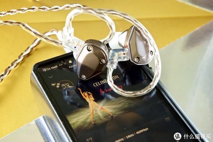 洗护厂出的非主流耳机——Cayin YB04混合四单元动铁耳塞