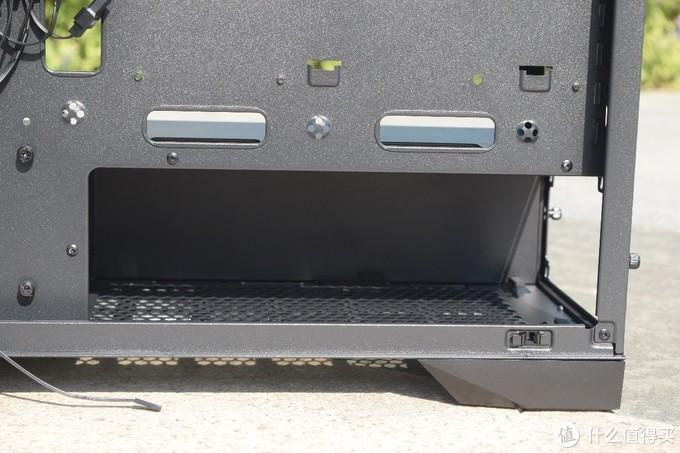 远离光污染、噪音终结者?前开门设计、带光驱位的安钛克P101静音机箱