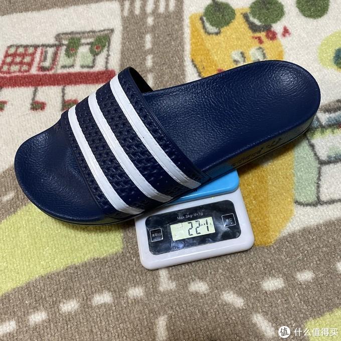 反季好价!adidas三叶草ADILETTE休闲拖鞋