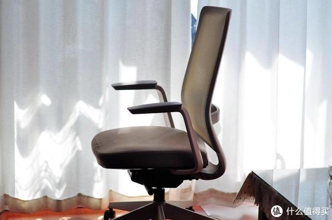给腰一个依靠,UE北欧风人体工学椅 Marc体验