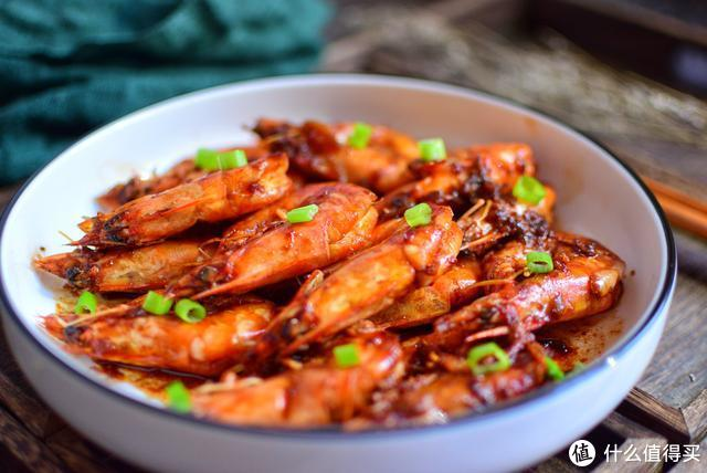 这才是大虾最好吃的做法,不油炸不用蒸,5分钟快手菜,营养美味