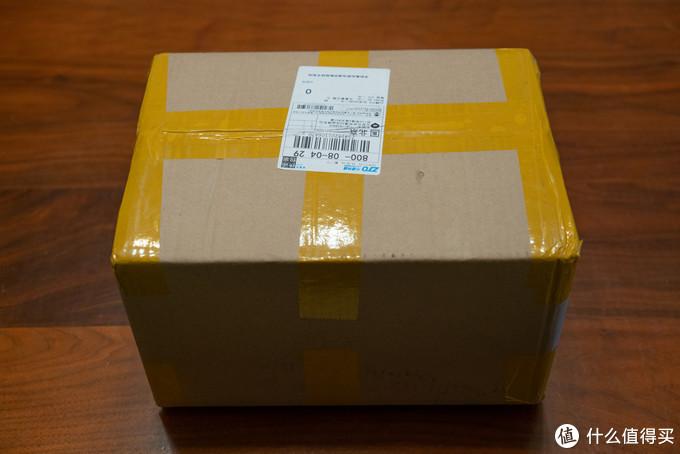 诺达一个箱子,感觉得有十斤重啊!