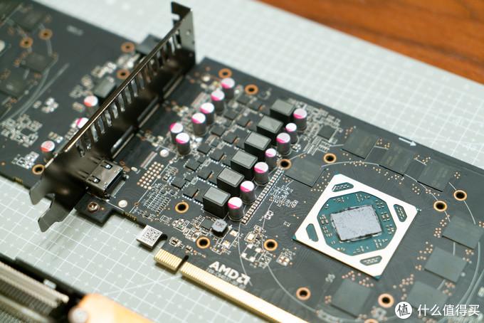 6项供电,符合AMD RX570公版标准
