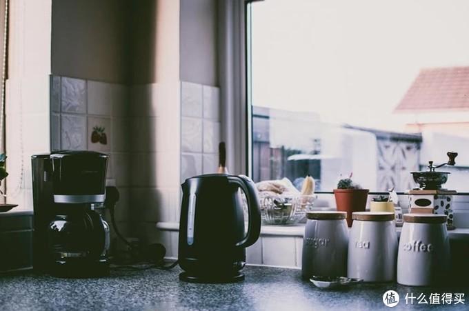 酸奶机榨汁机小烤箱,你家厨房这些小电器,都放哪里呢?