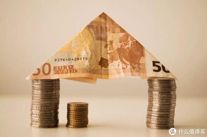 保险规划 丨 年收入10万的一家三口,怎么买保险?
