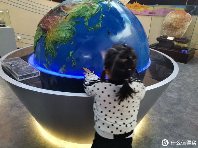 安利一个免费看超~大~恐龙化石的溜娃好去处:恐龙化石哪家强?