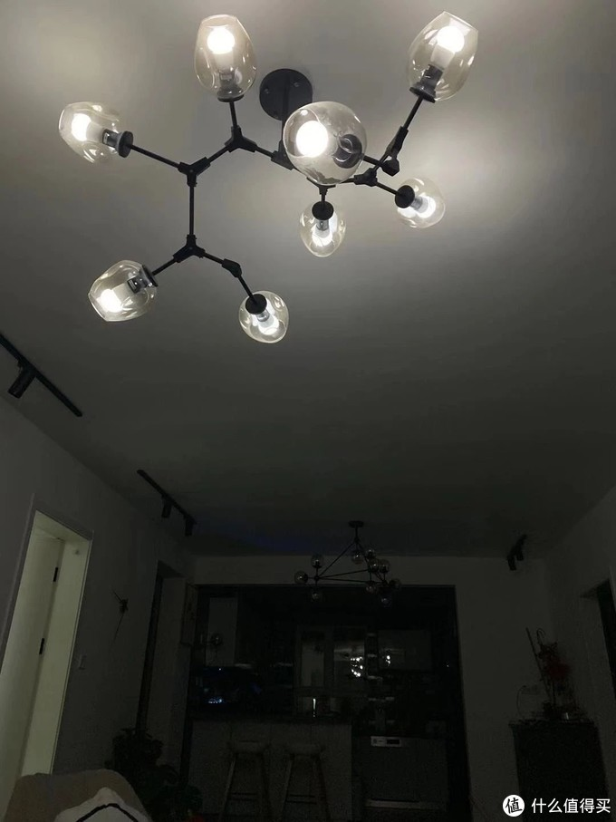 灯光,是画龙点睛的神来之笔-QUBIC调调智能蘑菇灯泡晒单