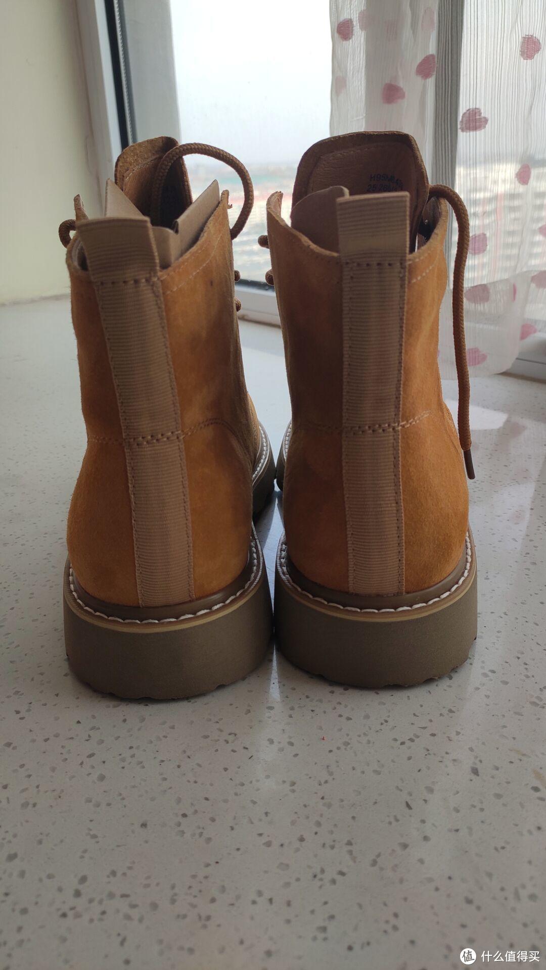 一款期待已久的鞋子——热风马丁靴试穿感受