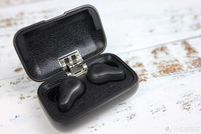 双动铁单元,双mic降噪,高通aptX,7小时续航!开箱魔浪O7真无线耳机