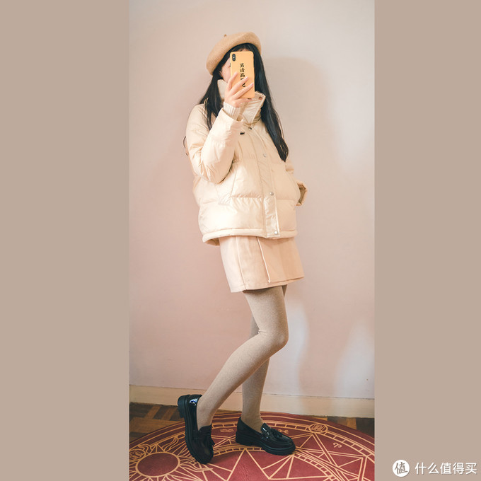 冬季摆脱臃肿感,白软羽绒服穿搭分享