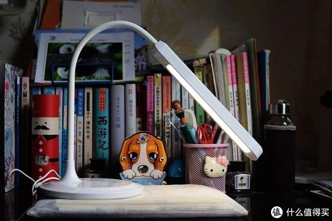 小智你好 无网也可以 LEO02智能语音护眼台灯 体验