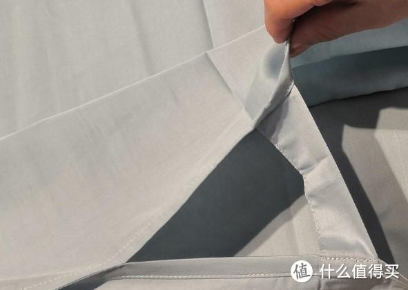防撕裂带。防止用力过猛,不小心扯坏睡袋。