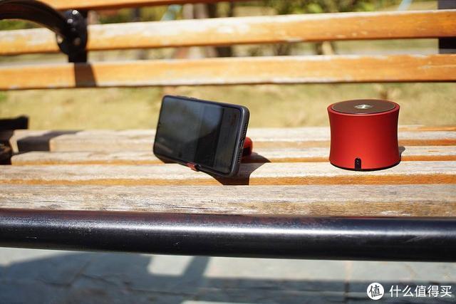 手机满电才安心,奥睿科充电宝才是手机电量的守护者