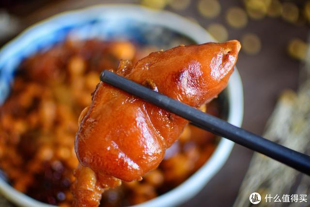 猪蹄,怎么做最好吃?加点它营养翻倍、软糯诱人