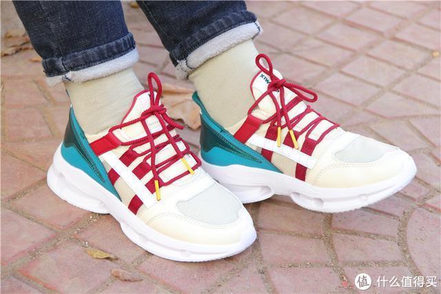 穿上跟没穿一个样?不足200元,这款玩觅休闲鞋值得买吗?
