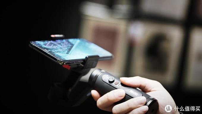 iPhone11 Pro Max的绝配,Vlog神器——智云Q2手机稳定器